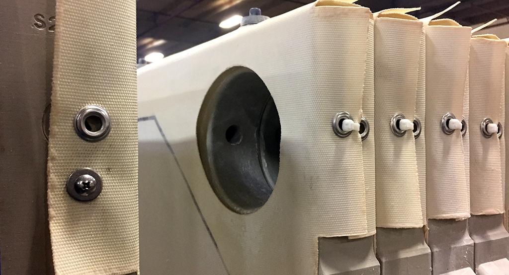 industrial-laundry-filter-cloths.jpg
