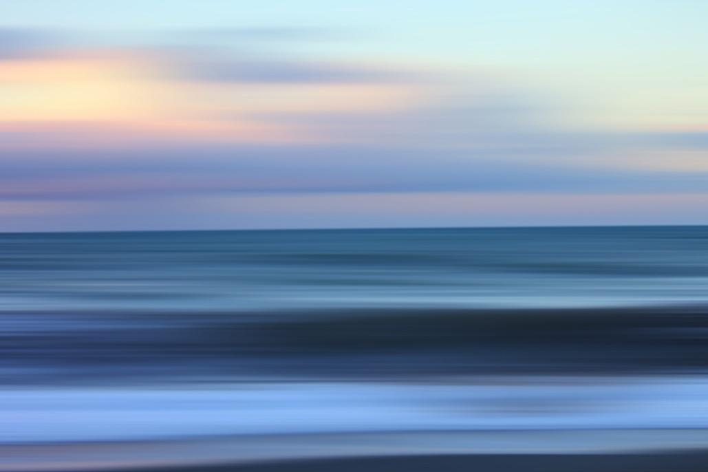 horizon-water.jpg